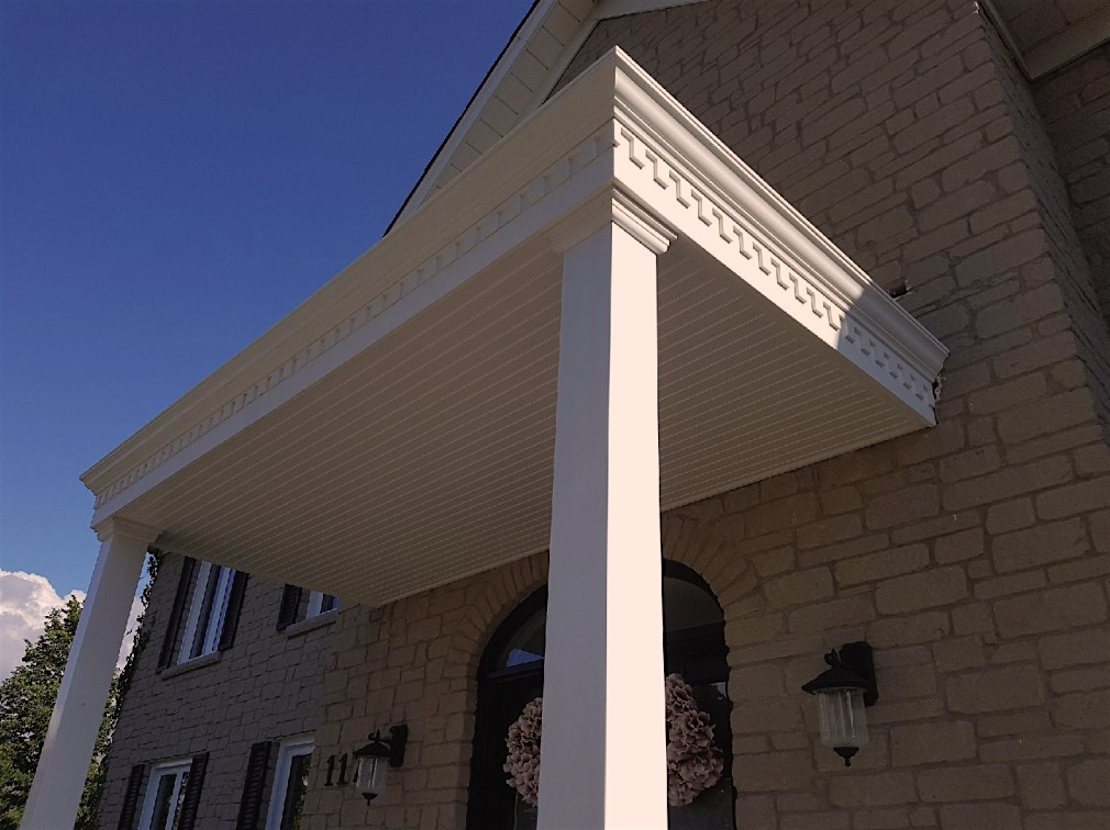 "5"" Plus PVC Crown Moulding, 16ft"
