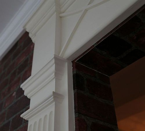 fluted_pilaster_in_showroom.jpg